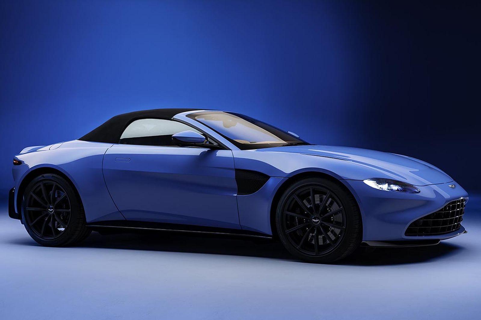 Aston Martin Introduces 2020 Vantage Roadster
