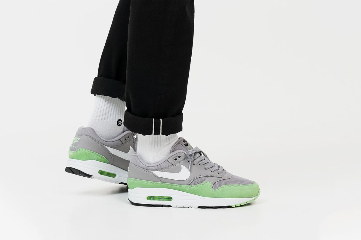 5cf20c6f6c07 Four Fresh New Nike Air Max 1 Colorways Are Available Now ...