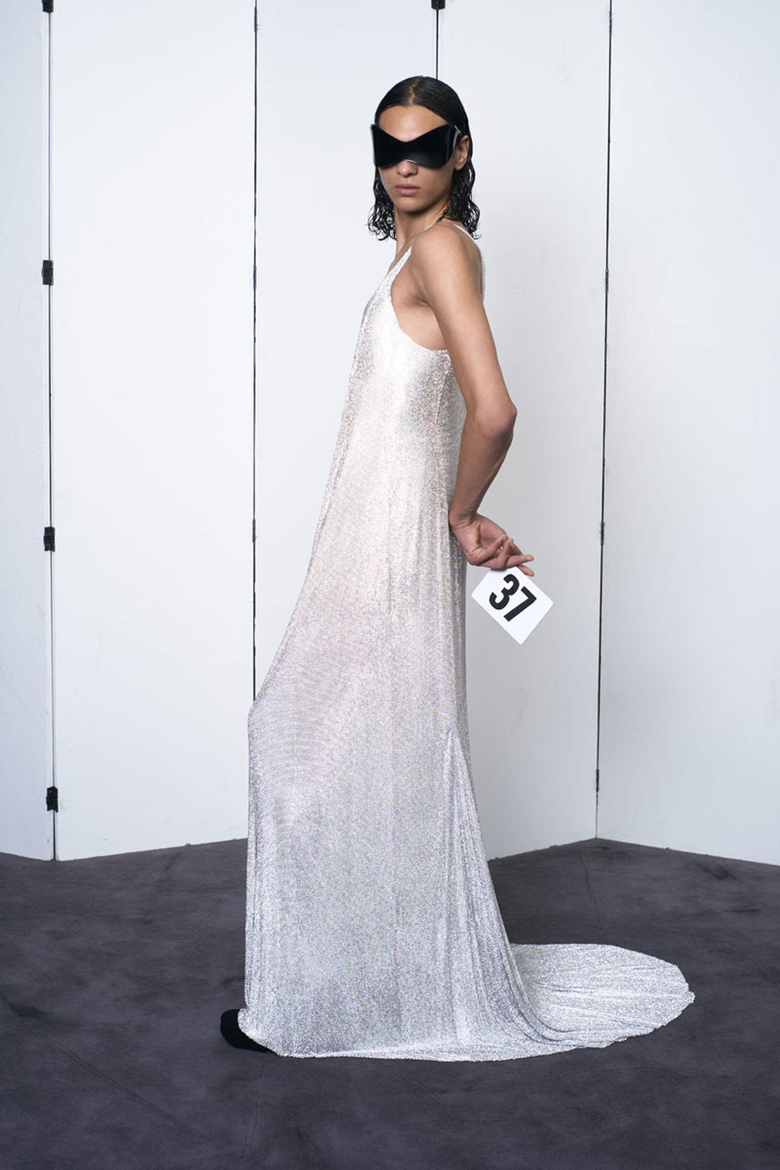 balenciaga-show-report-couture-31
