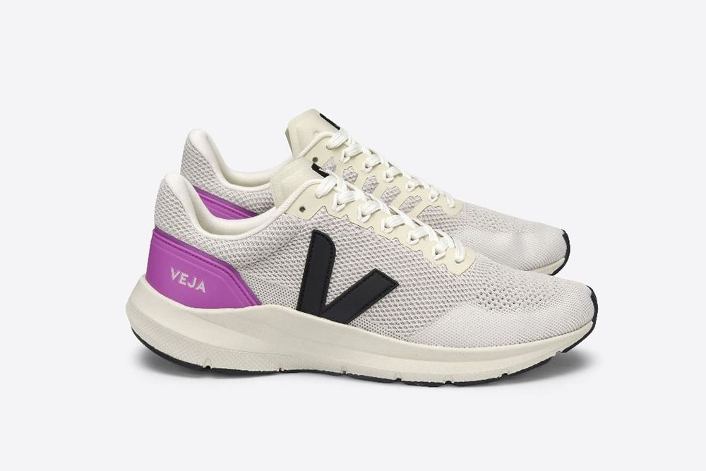 New Balance Turns the 574 Into a Dress Shoe & Other Sneaker News Worth a Read 61
