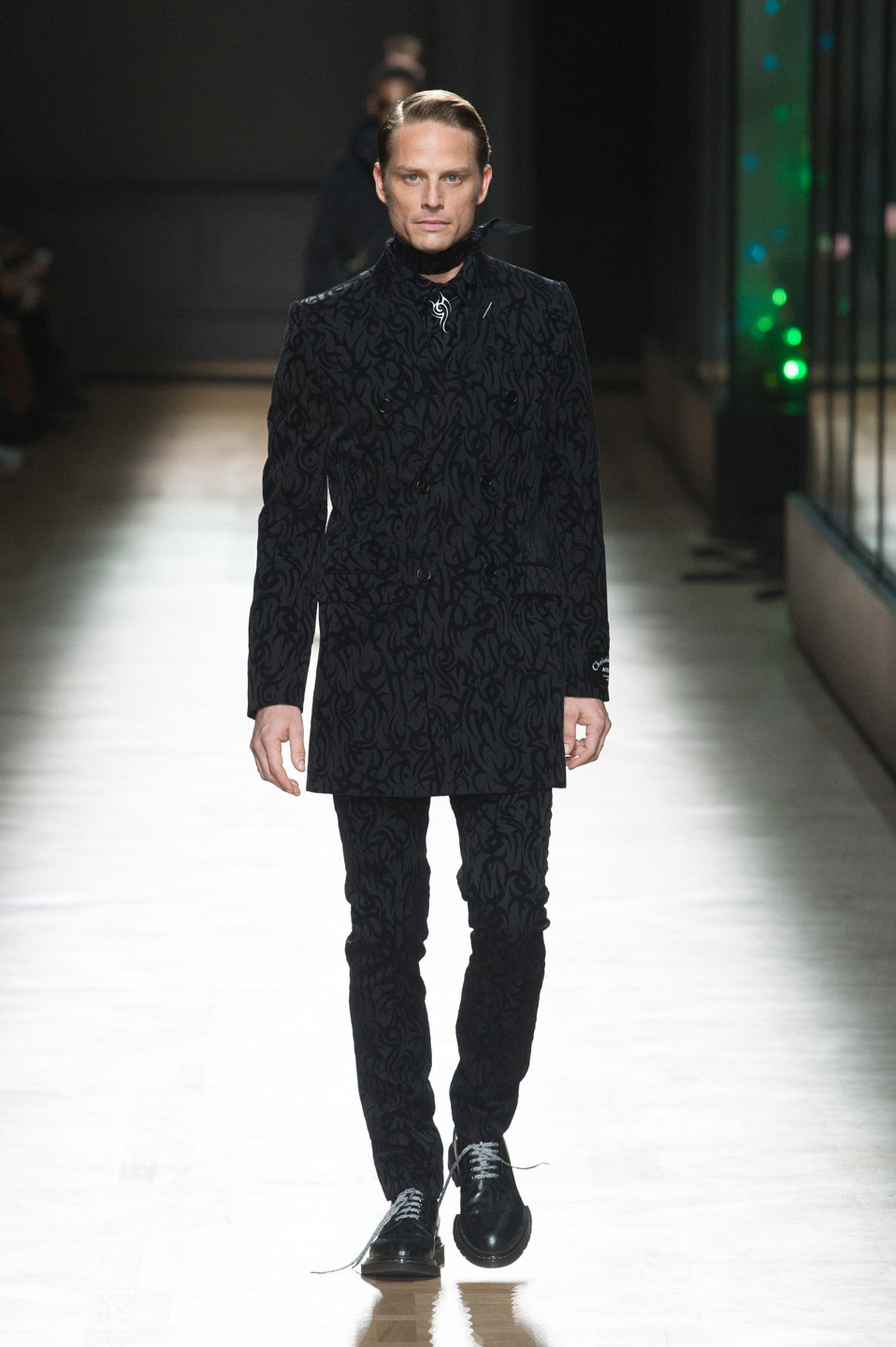 DIOR HOMME WINTER 18 19 BY PATRICE STABLE look43 Fall/WInter 2018 runway