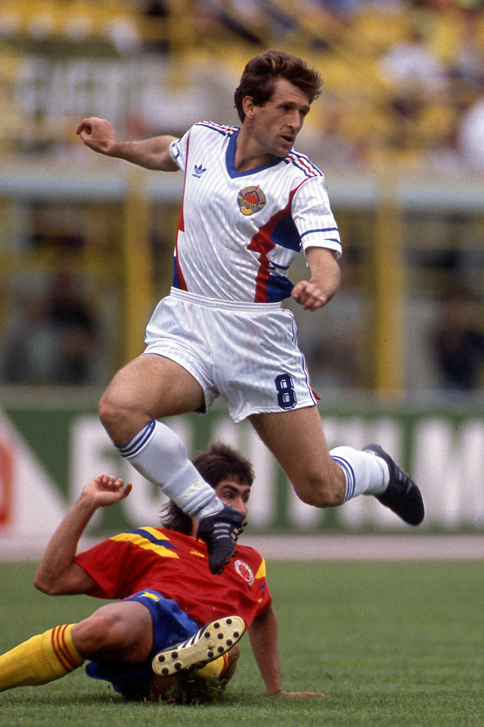 best-jerseys-1990-fifa-world-cup-03