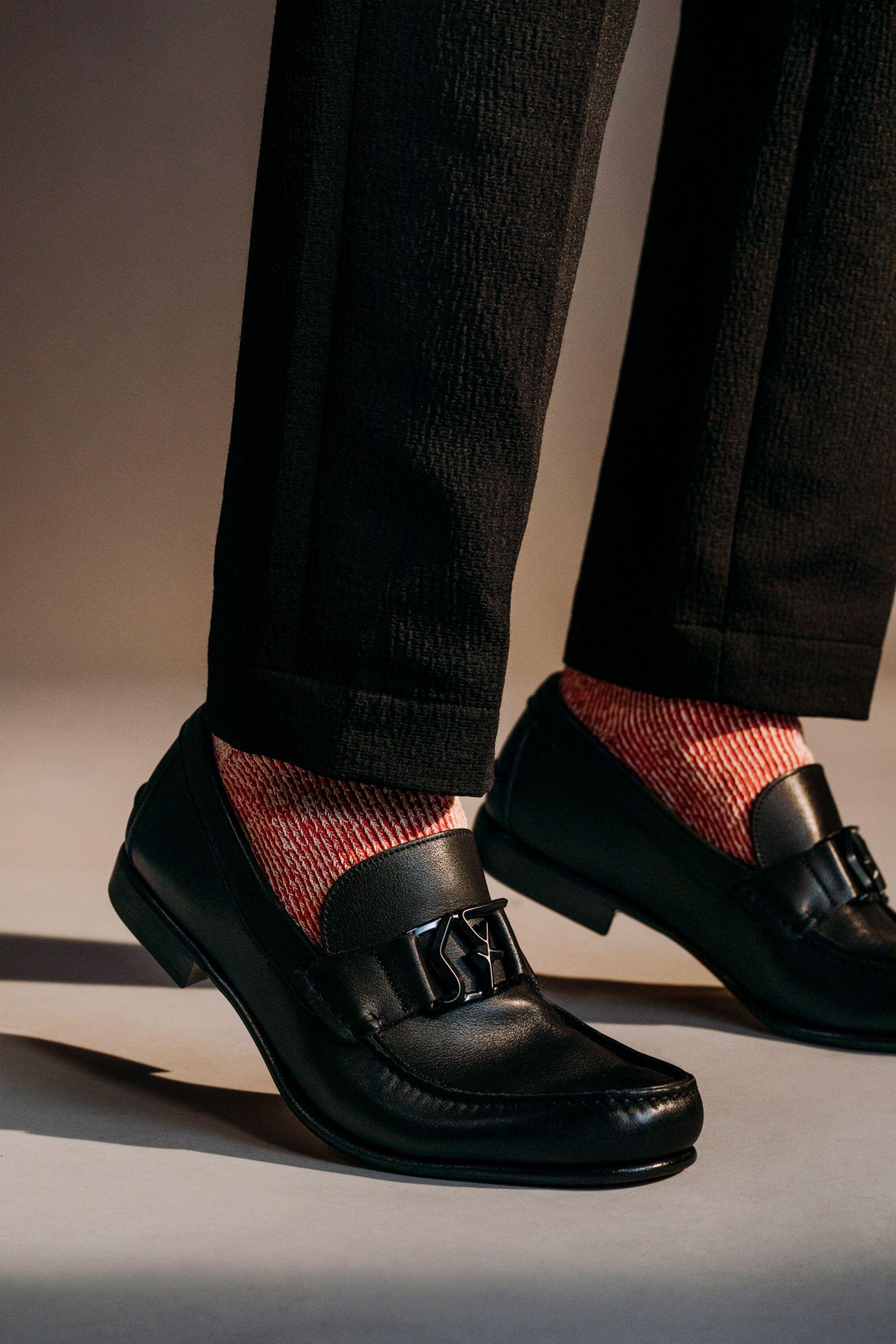 ferragamo-footwear-style-guide-02