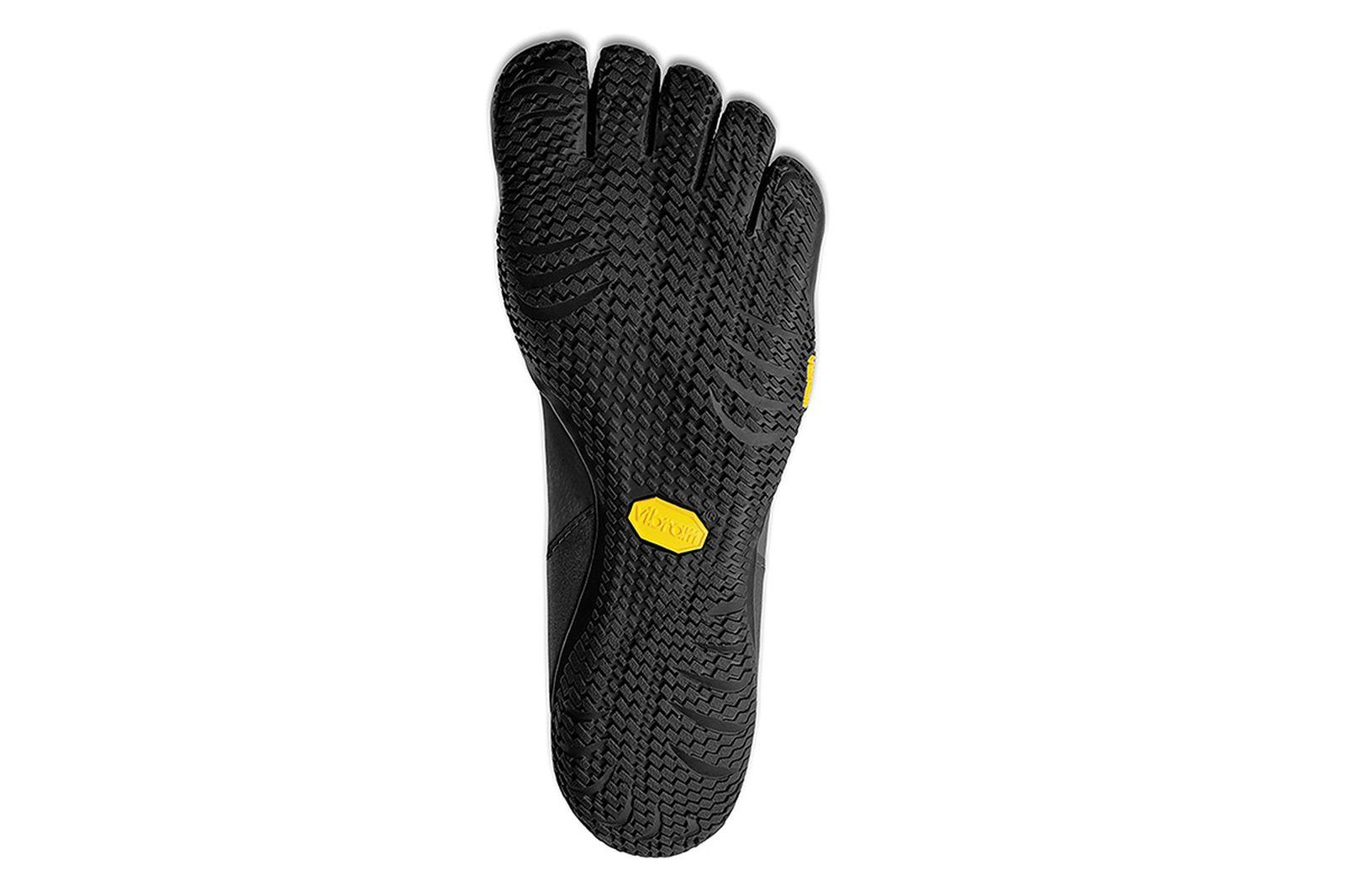 great-cushioning-foot-race-vibram-five-fingers-01