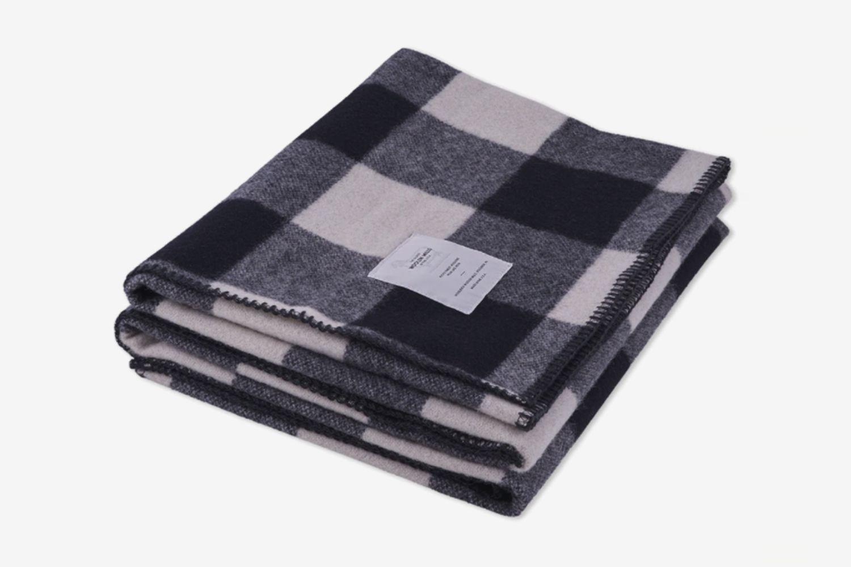Rough Rider Iconic Buffalo Blanket