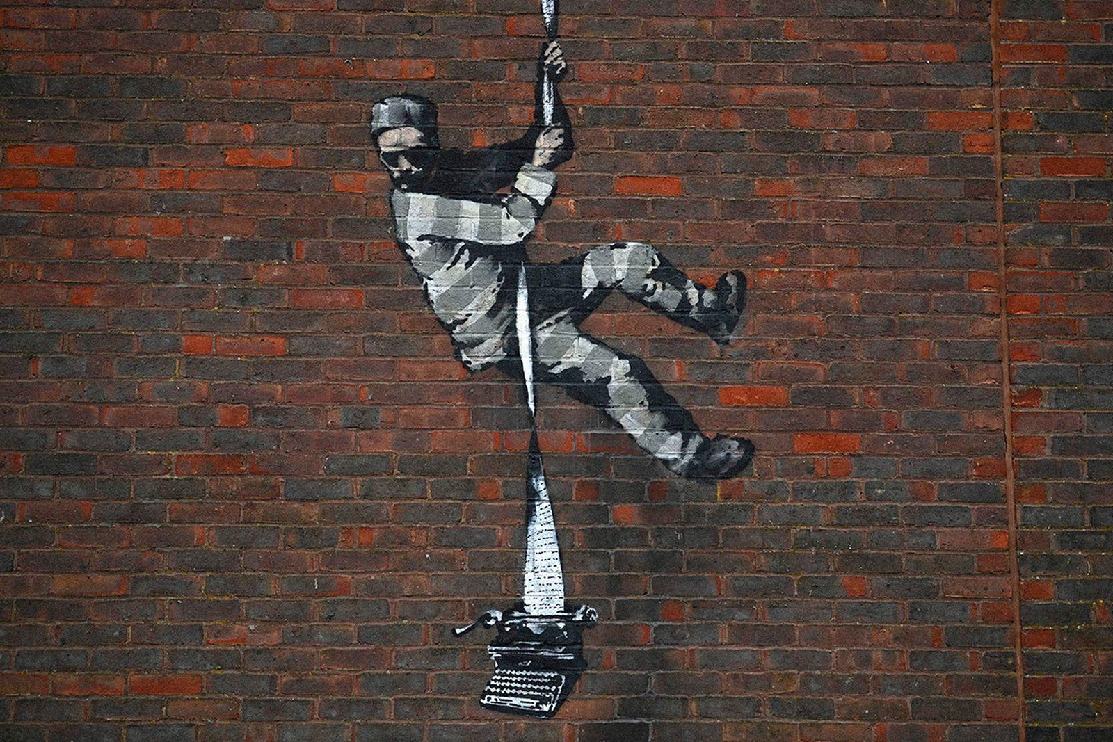 banksy-mural-vandalized-01
