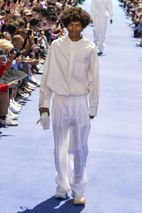 b0c478c81fbf Louis Vuitton SS19 Show  Here s What Went Down