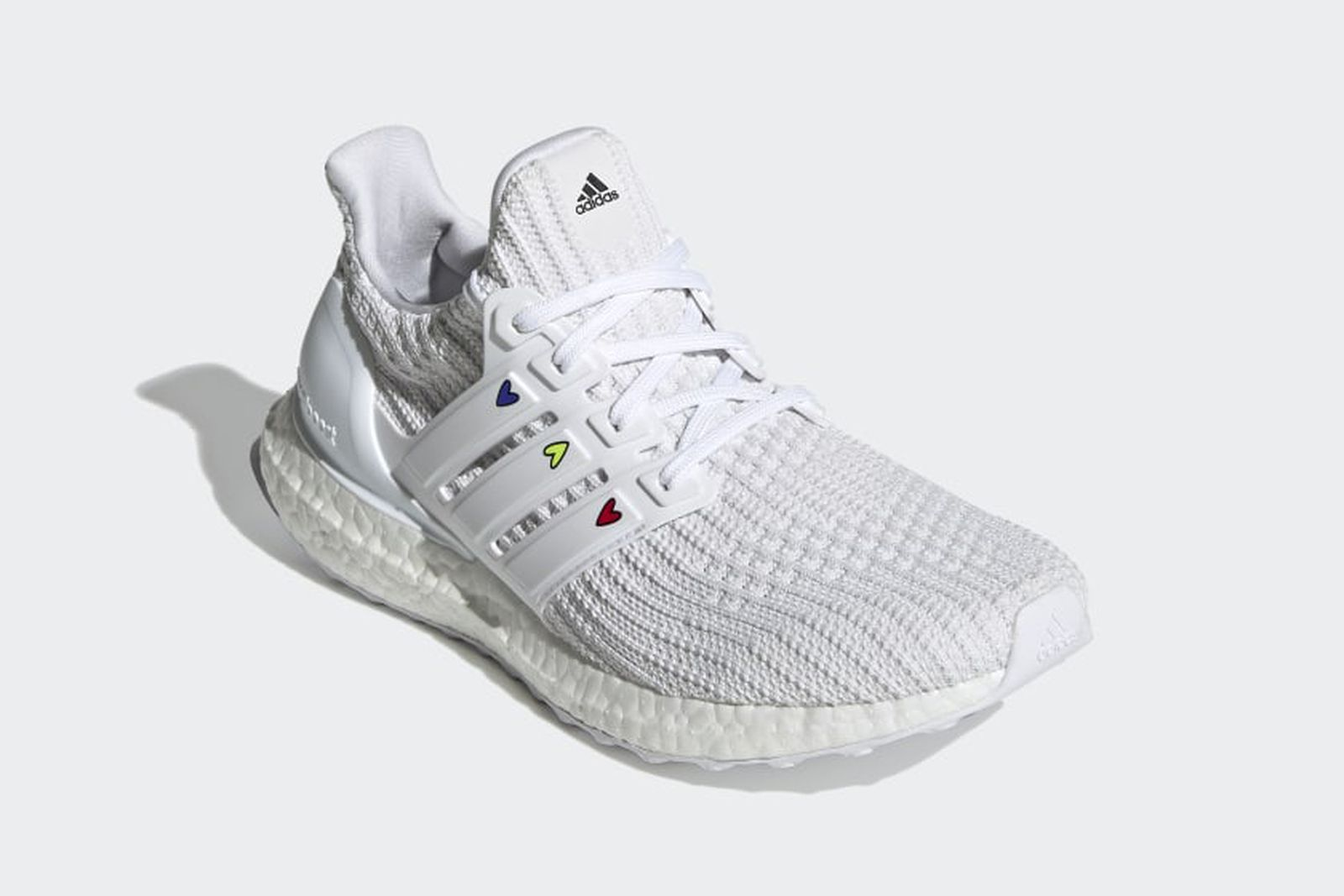 best-valentines-day-sneakers-2-03