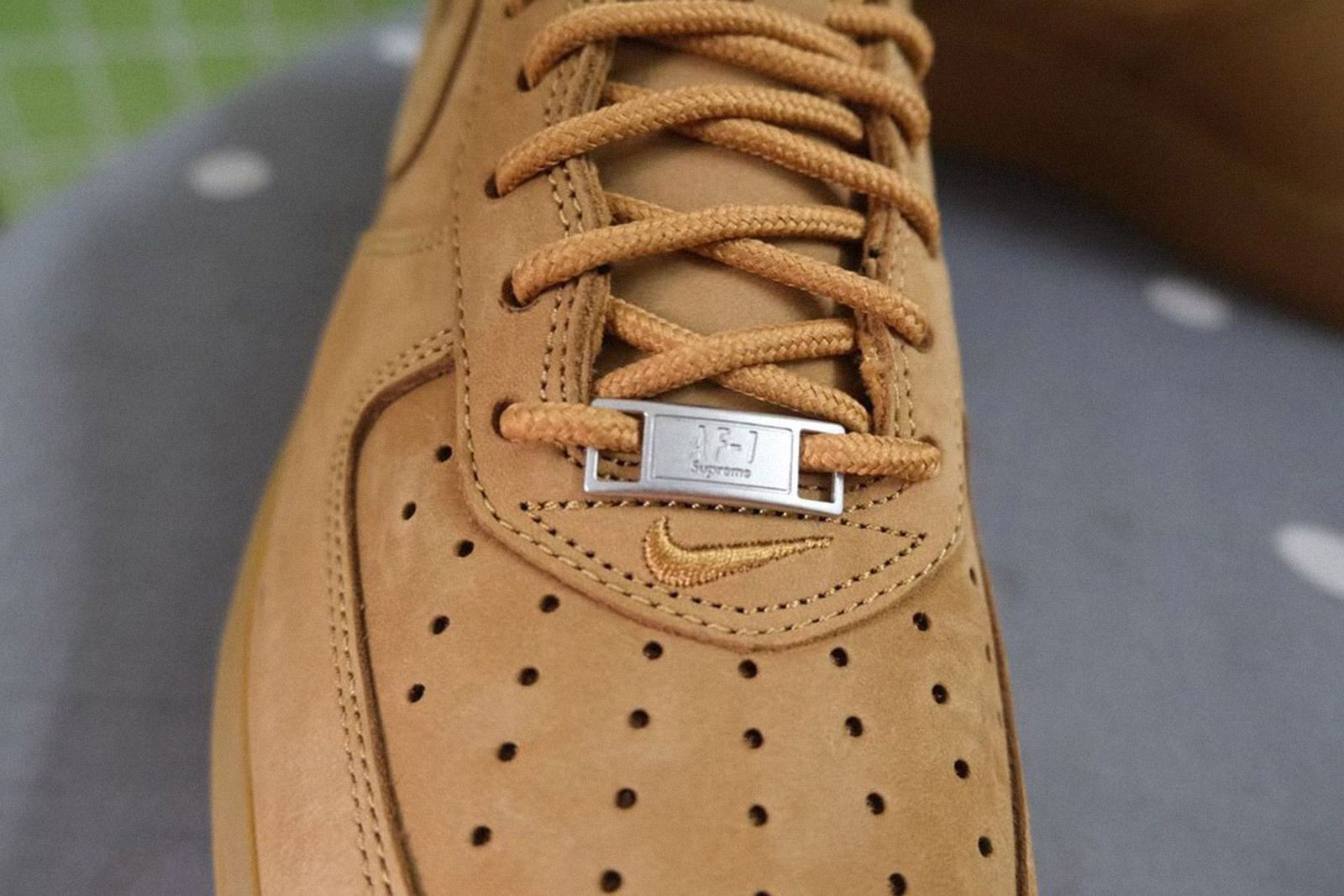 supreme-nike-air-force-1-low-wheat-release-date-price-02
