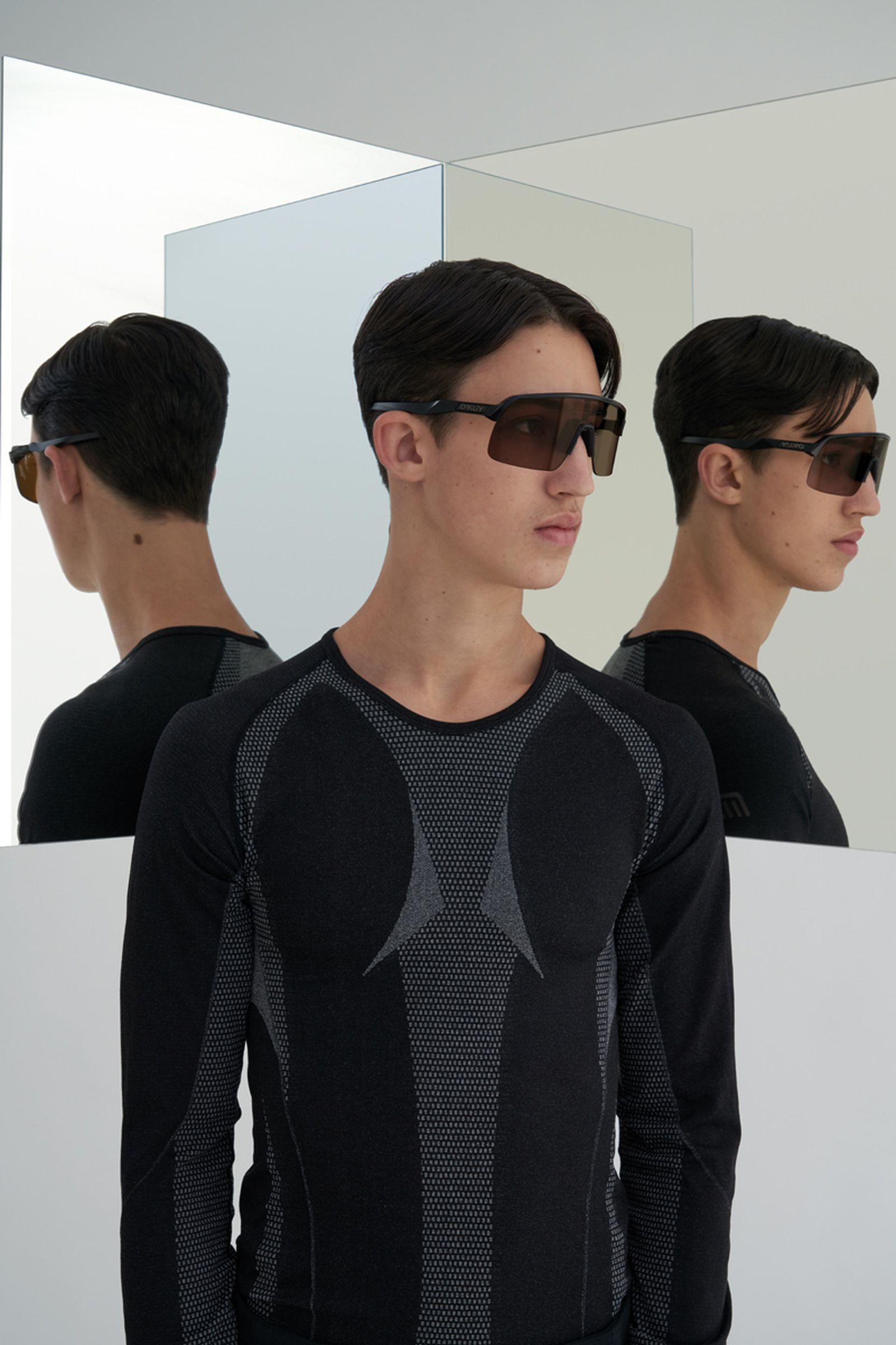 highsnobiety-oakley-sutro-lite-sunglasses-buy-06