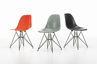 Strange The Eames Chair In Its Original Material Fiberglass Gamerscity Chair Design For Home Gamerscityorg
