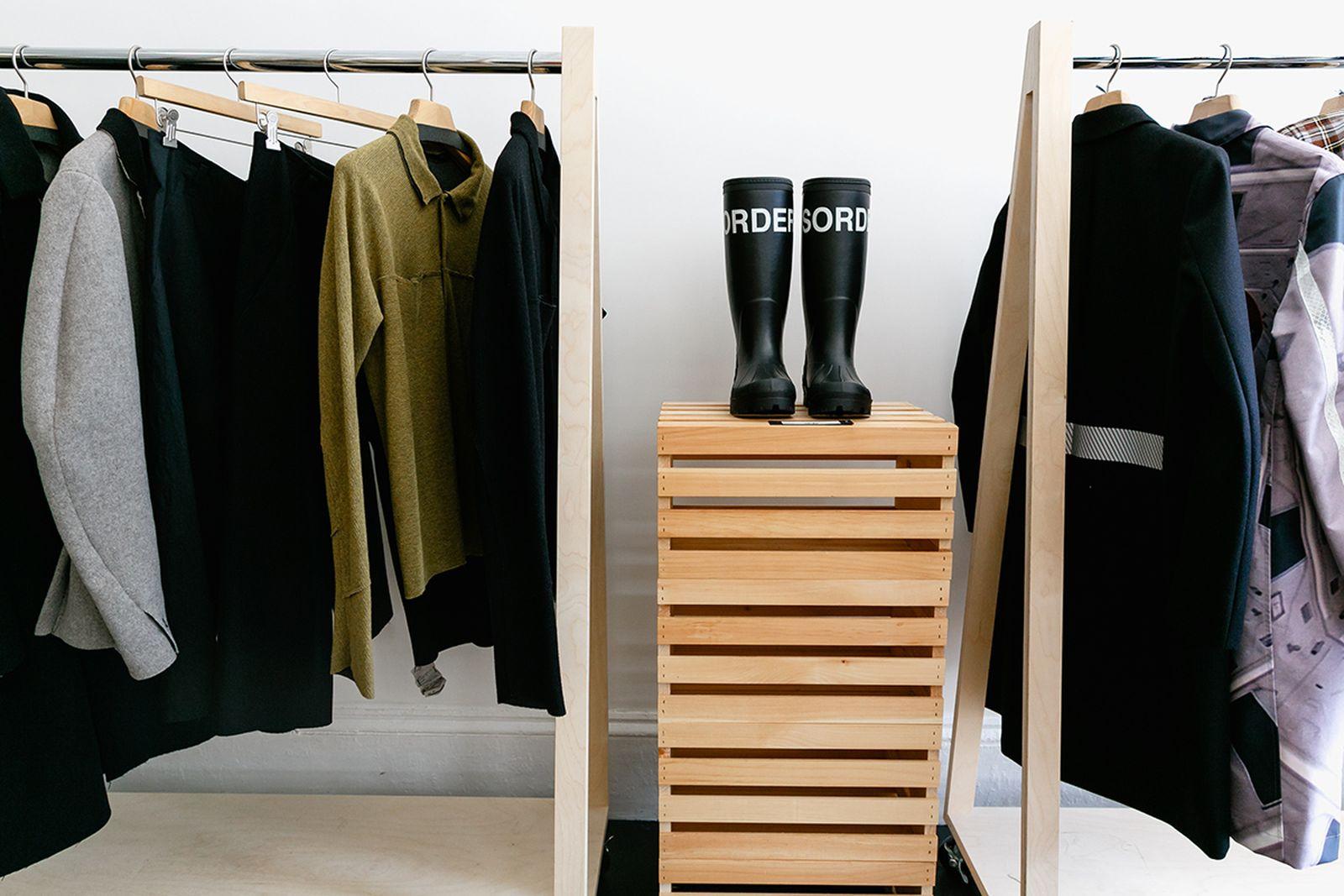 Idol Brooklyn NYC Clothing Stores AMEX american express platinum fashion