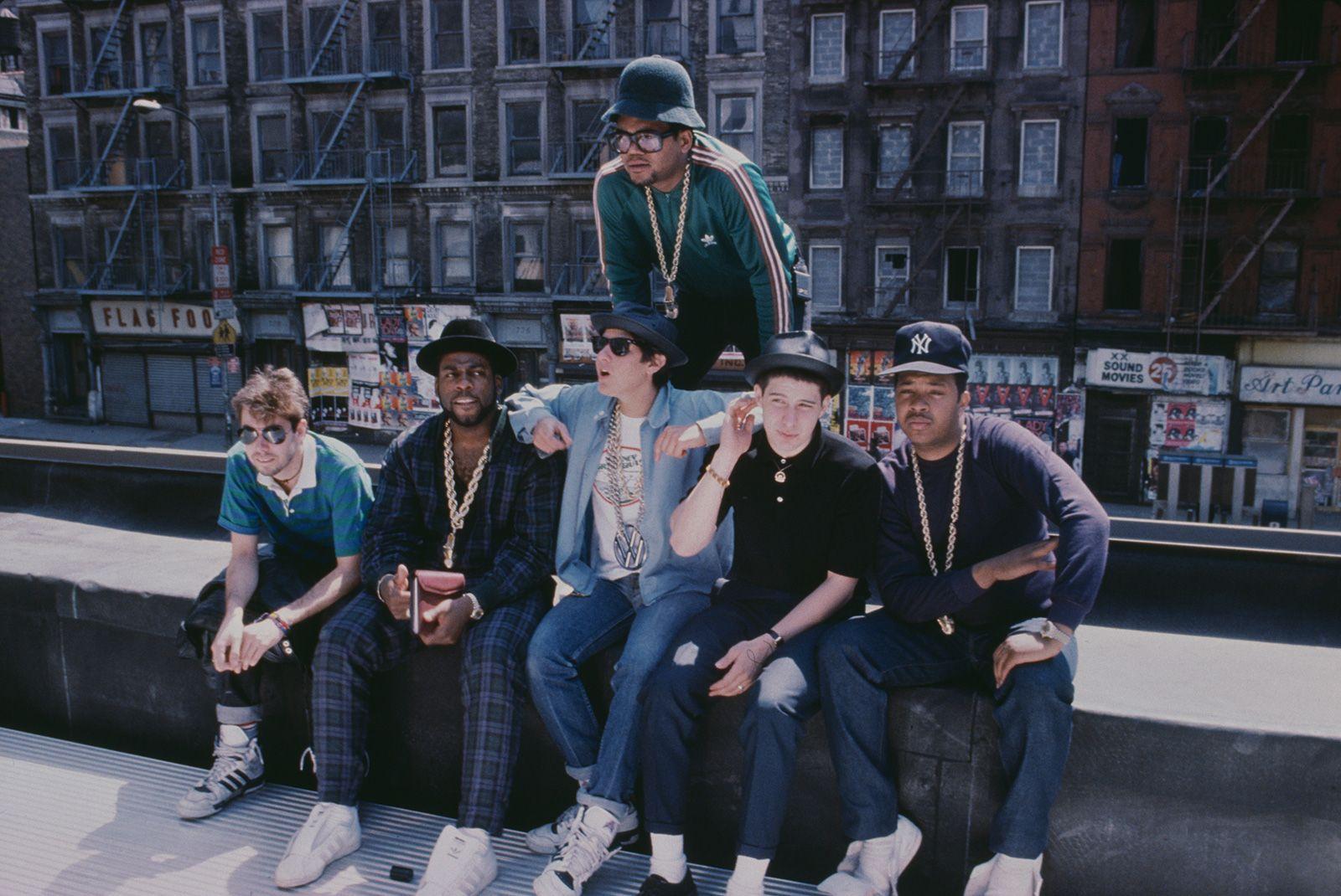 history-skinny-jeans-became-hip-hops-denim-choice-header