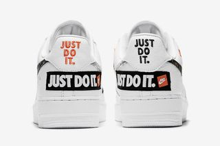 nike air force 1 just do it bianche