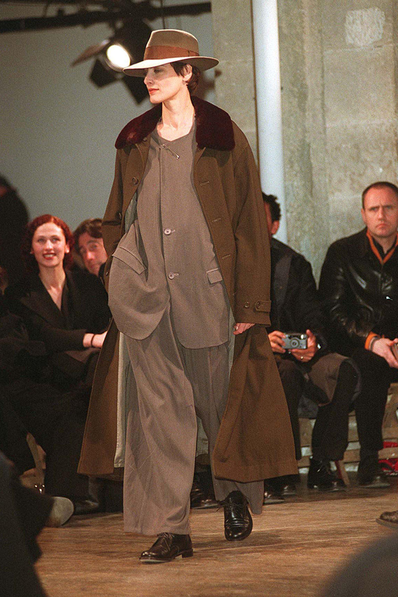 the-12-fashion-shows-that-changed-mens-fashion-yohji-1998-02