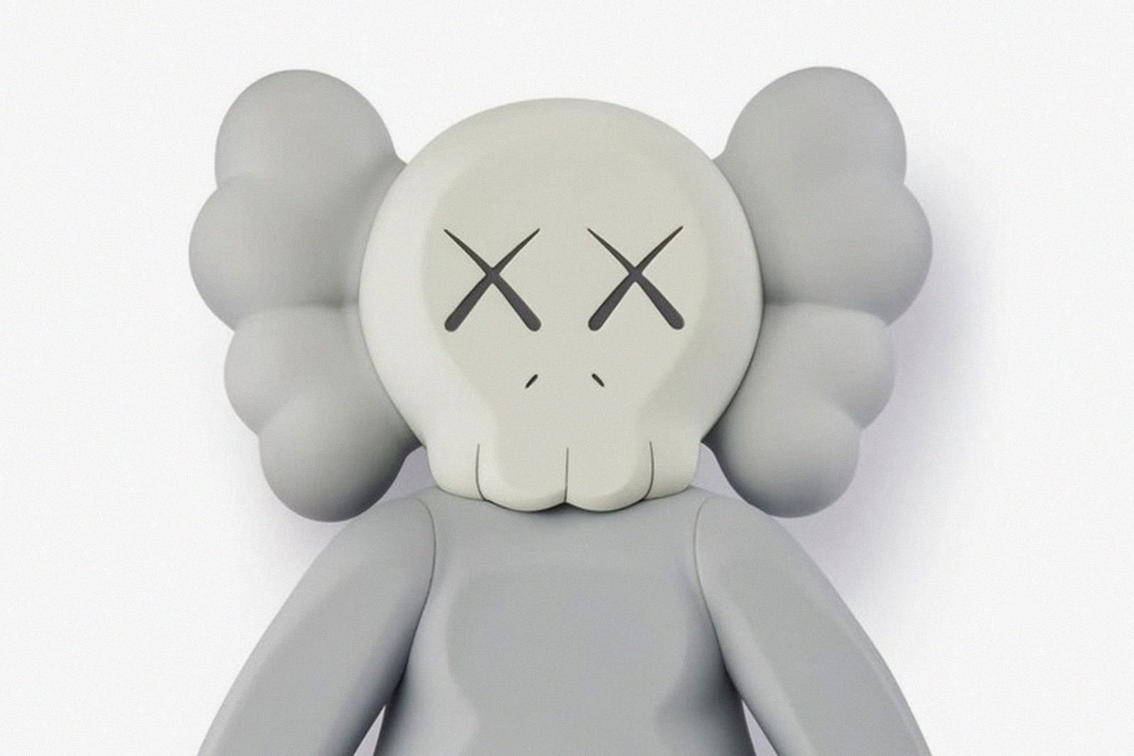 KAWS-Companion-2020-Figure-Grey-01