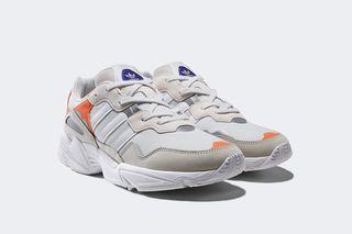 newest 2142e 69ac9 adidas Originals