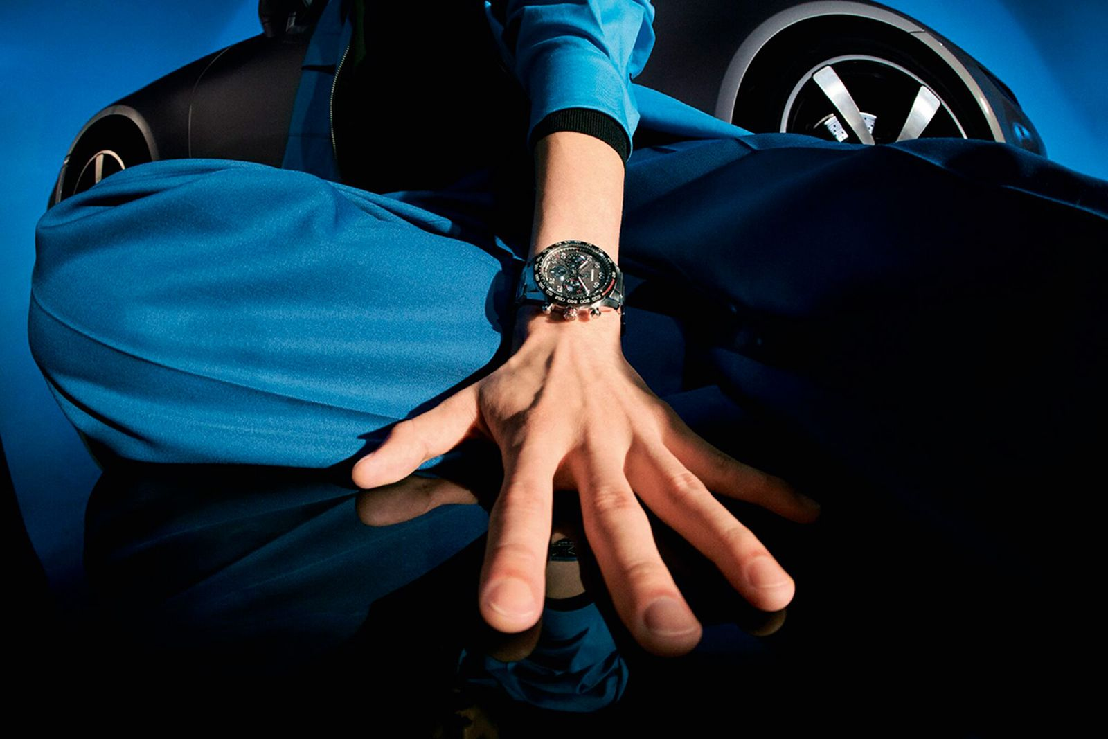 tag-heuer-porsche-carrera-chronograph-watch-campaign-02