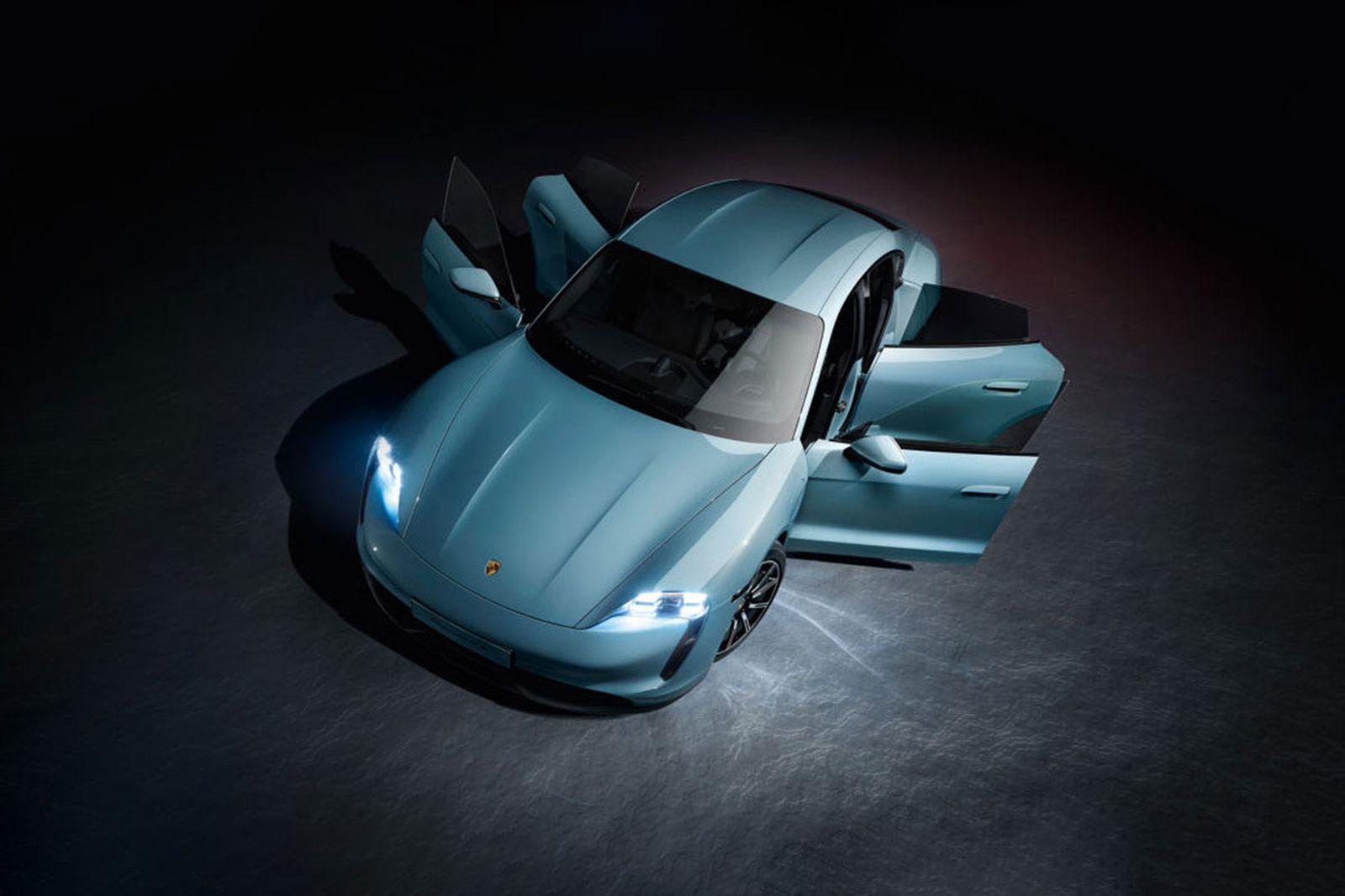porsche taycan 4s blue