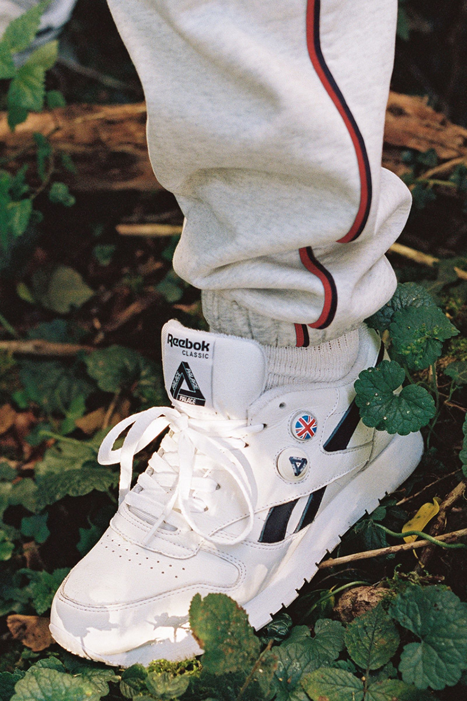 palace-reebok-classic-leather-pump-release-date-price-09