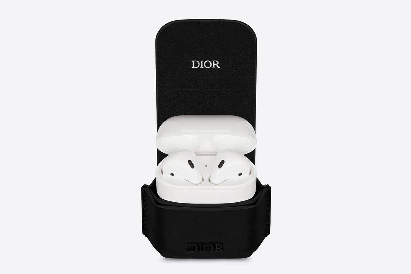 dior airpods case
