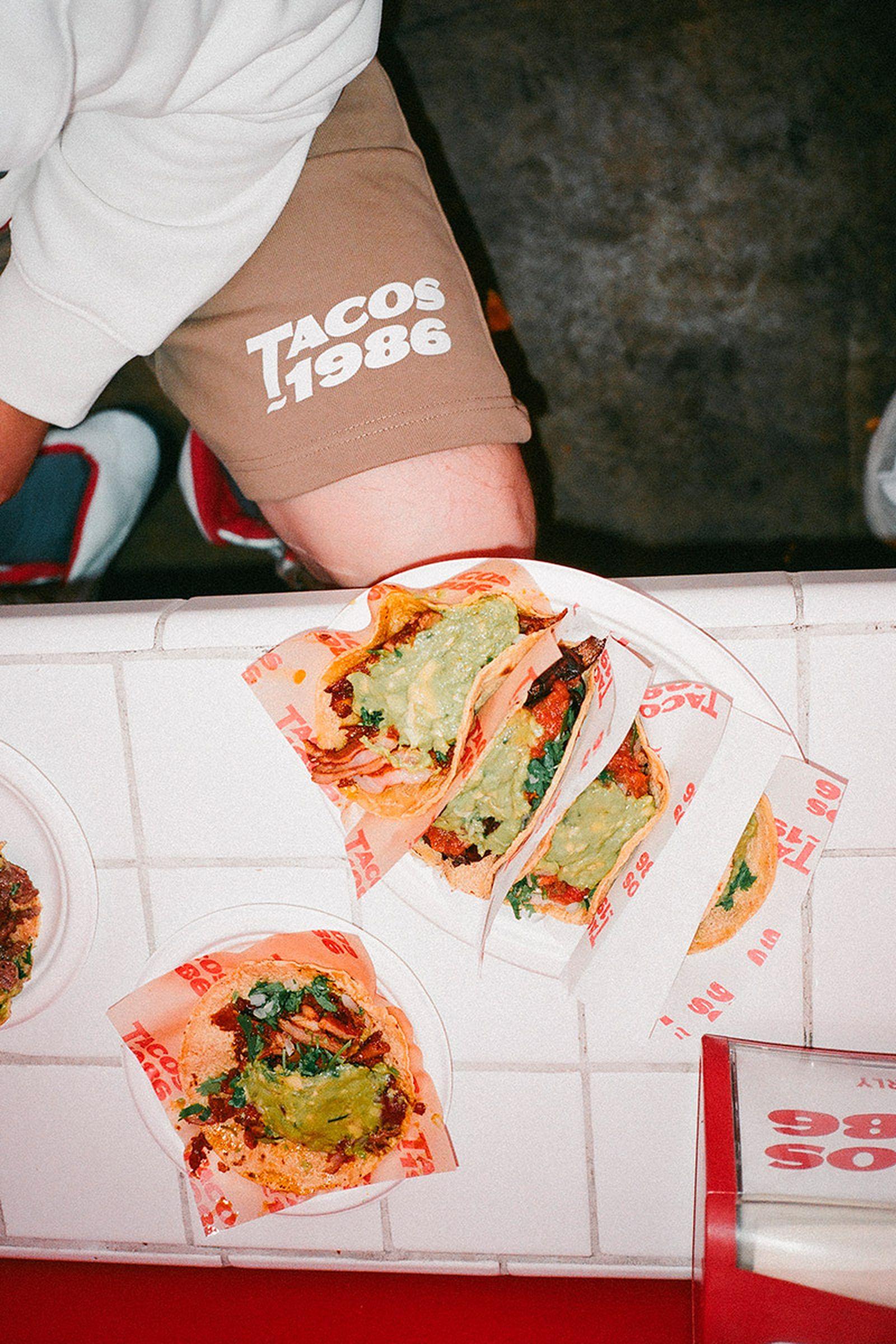 tacos-1986-x-hm-blank-staples-08