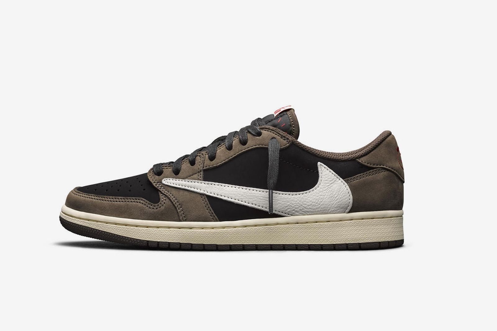 servidor El aparato Para exponer  Travis Scott x Nike Air Jordan 1 Low: Where To Buy Today