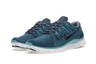 info for 85d4a 922db Nike Free 5.0 EXT Woven Sneaker • Highsnobiety