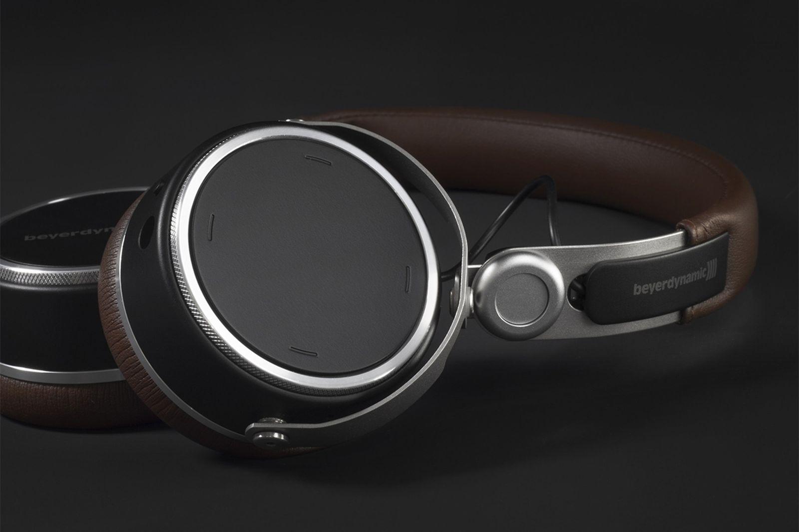 beyerdynamic xelentho wireless earphones headphones