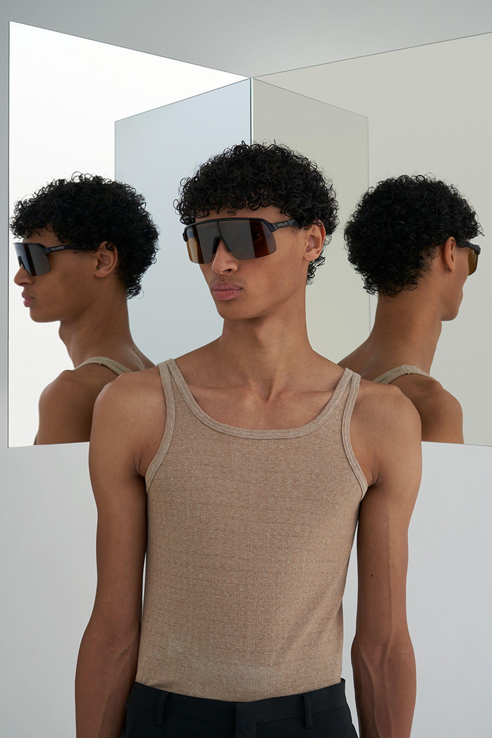 highsnobiety-oakley-sutro-lite-sunglasses-buy-08
