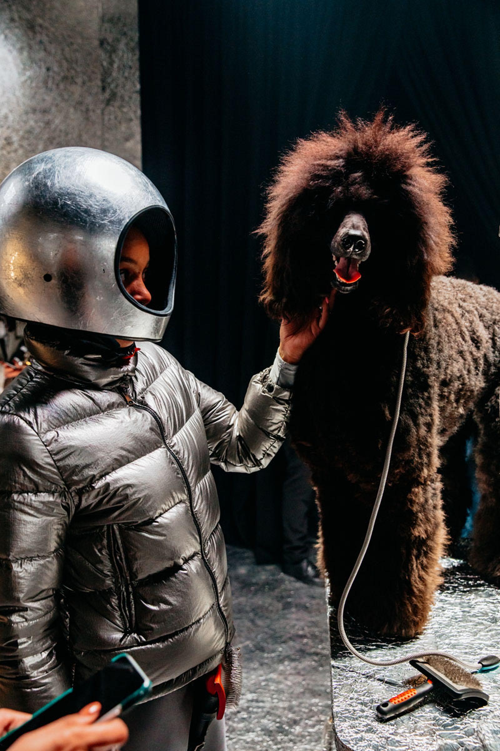 moncler-genius-fall-2020-hiroshi-dog-courture-04