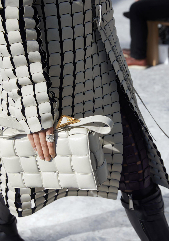 bottega-veneta-is-bringing-timeless-luxury-back-to-fashion-25