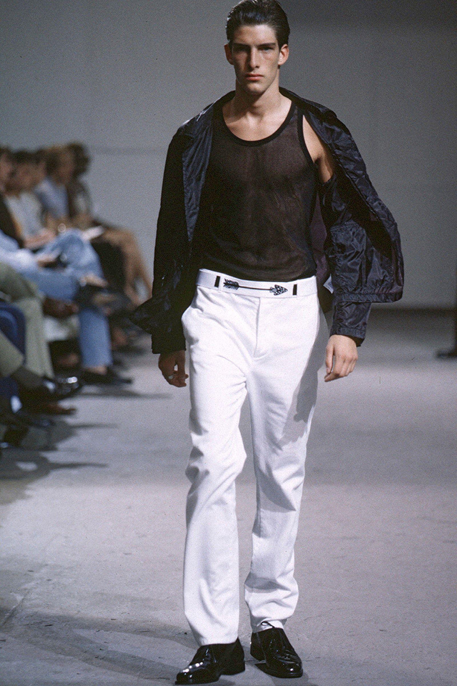 the-12-fashion-shows-that-changed-mens-fashion-08