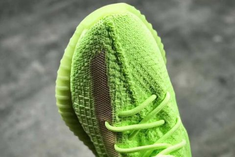 dc8357ae7bf0a adidas Originals YEEZY Boost 350 V2   » Upmitter - Submit and Voting ...