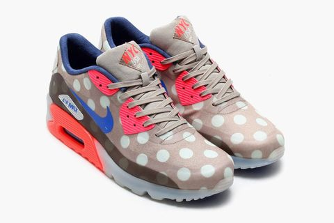 """reputable site 512e2 2b322 Next up from the Summer 2014 City Pack, after having presented the Air Max  1 """"London"""" already, is the Nike Air Max 90 Ice """"NYC."""" The sneaker comes in  a ..."""