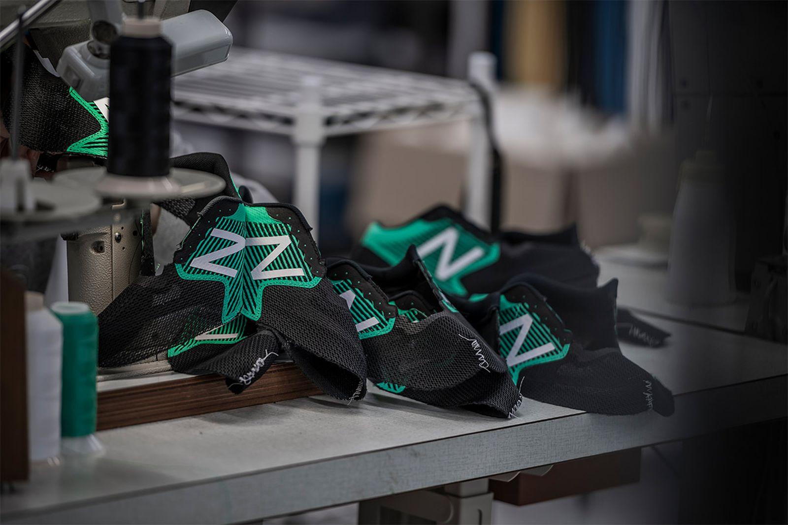 japans next great marathon runner got blessed god shoes02 New Balance running shoes