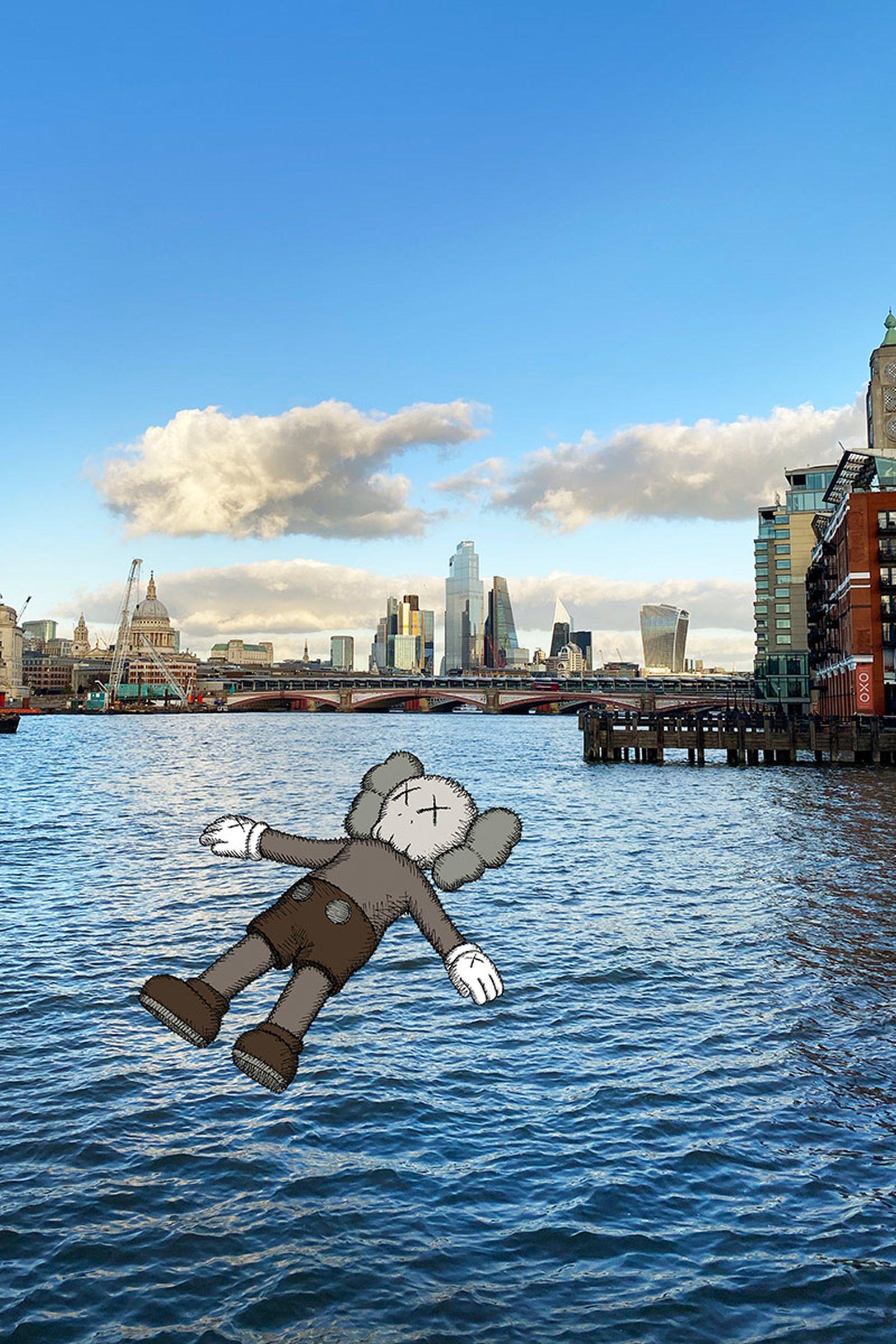 unreal-city-augmented-reality-kaws-06