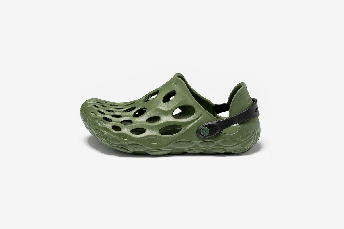 Merrell Hydro Moc Is Your YEEZY FOAM RNNR Alternative & Other Sneaker News Worth a Read 37