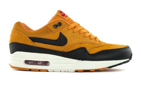 new style eae14 38d20 Nike Air Max 1  Black Gold
