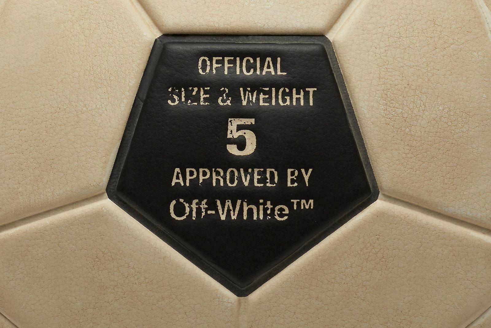 soccer ball1 2018 FIFA World Cup Nike OFF-WHITE c/o Virgil Abloh