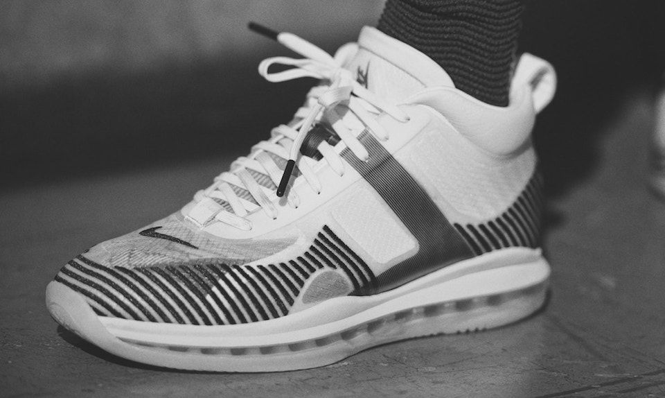 """Here's How to Cop Nike's LeBron James x John Elliott """"Icon"""" Collection"""