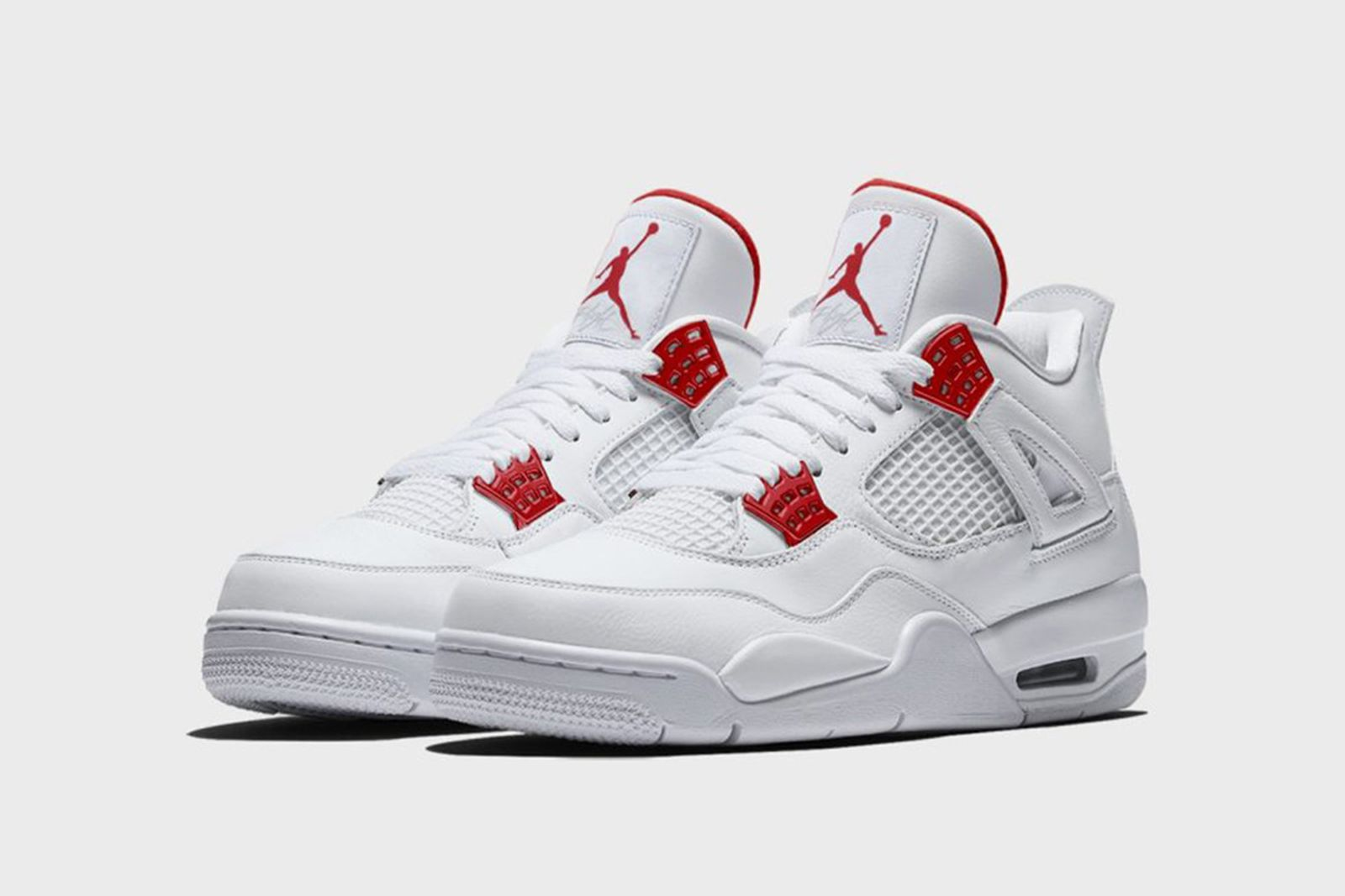 air-jordan-4-red-metallic-release-date-price-01