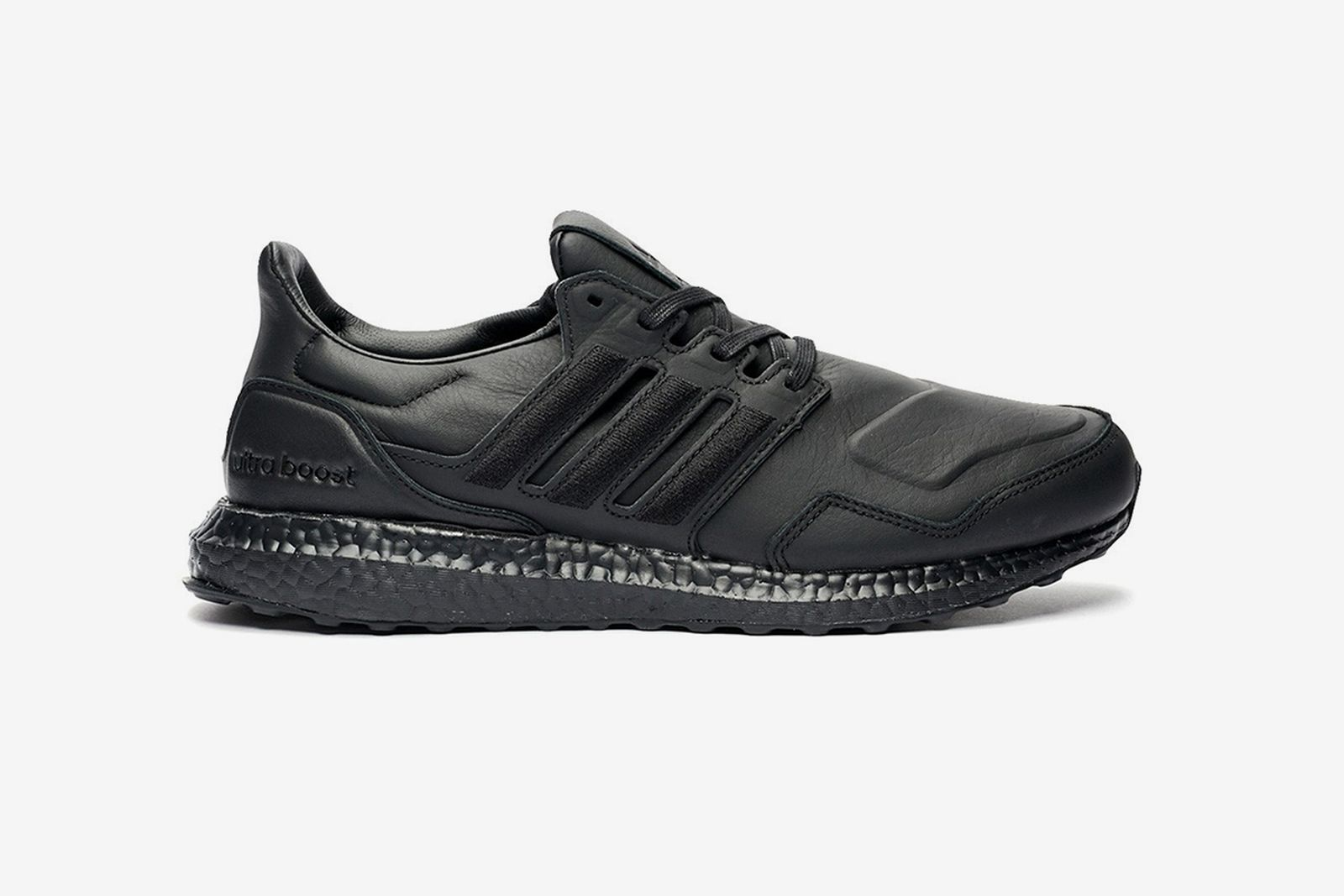 adidas Ultraboost Leather black