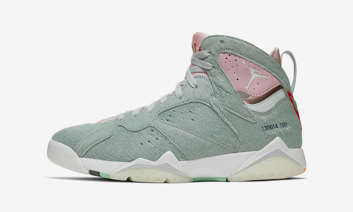 """Nike Air Jordan 7 """"Hare 2.0"""": Official Release Info & Images"""