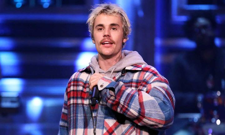 Justin Bieber performing on Jimmy Fallon