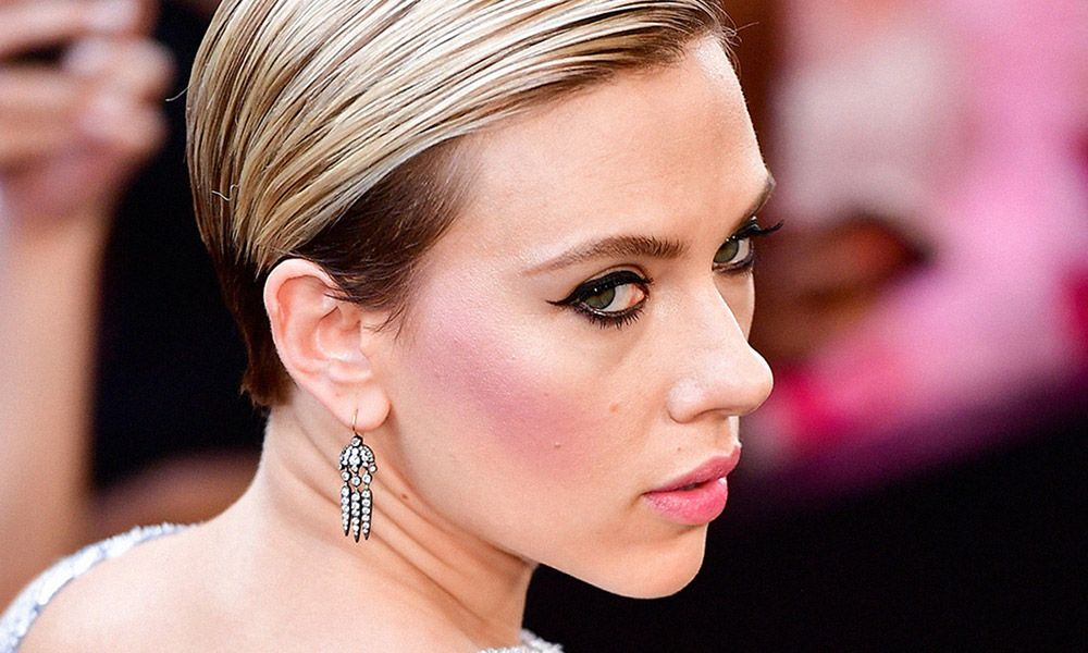 Scarlett Johansson Fails To Understand The Transgender Problem