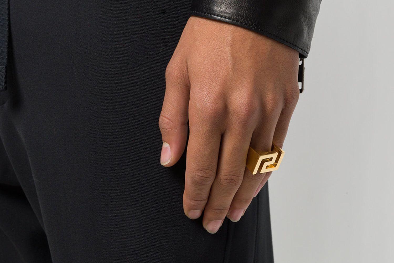Moulded Ring