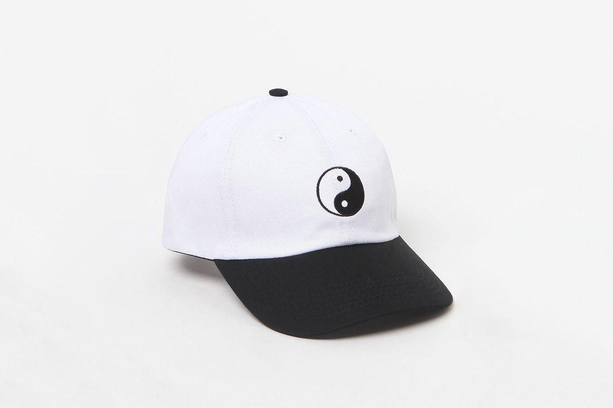 Yin-Yang Cap