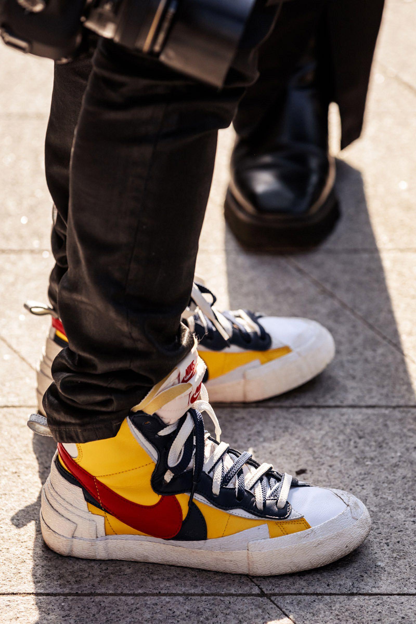 seoul-fashion-week-sneaker-street-style-ss20-18