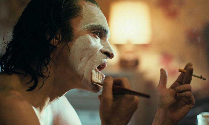 joker bathtub scene R rating